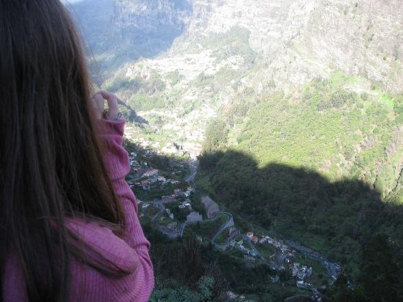 Minä patikoimassa Madeiran kukkuloilla.