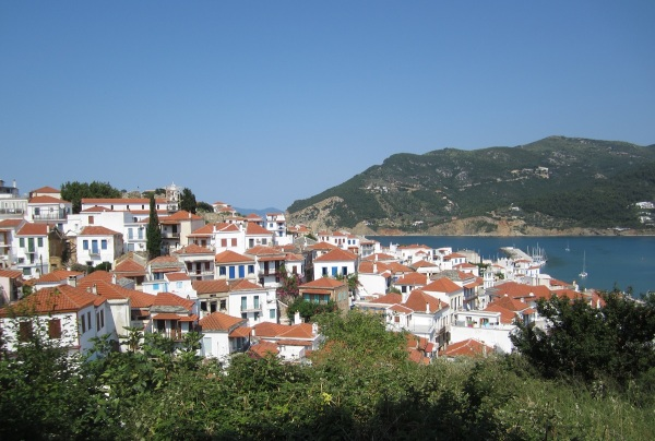 skopelos town 9