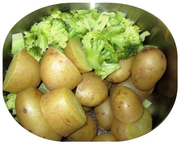 perunaa ja parsakaalia