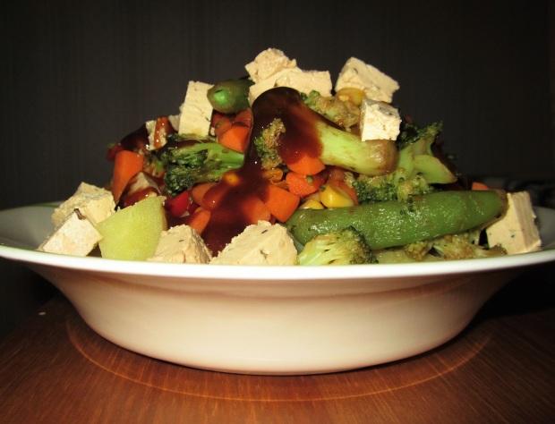 perunaa-kasviksia-tofua 2