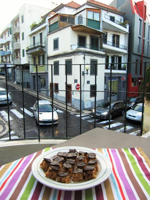 maapahkinavoi-suklaakarkit