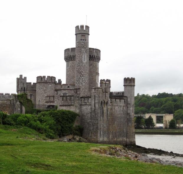 Blackrock Castle oli kaupunkivaelluksemme varrella.