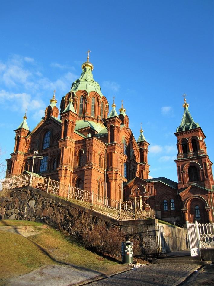 Uspenskin katedraali. Helsingissä oli yksi kaunis päivä ystäväni visiitin aikana, muutoin oli harmaata ja kylmänkosteaa.