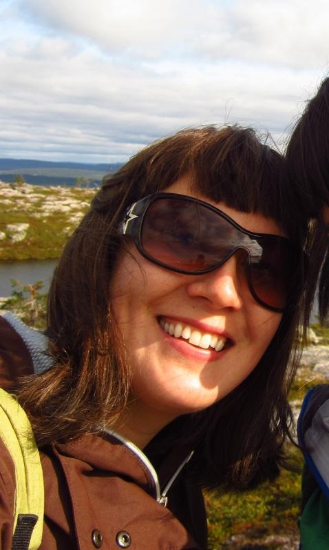 Levillä elokuussa 2017. Kuvassa näkyy hieman myös ystäväni hiuksia, joita ei tule luulla osaksi otsatukkaani. :D